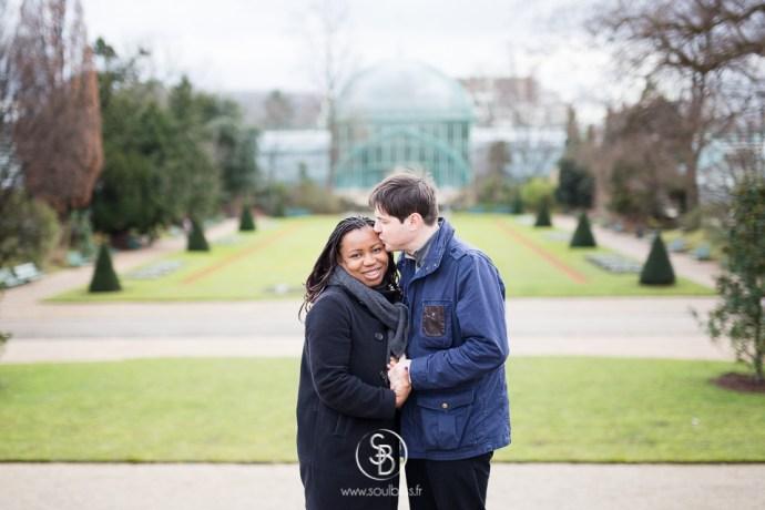 Soul_Bliss_photographie_séance_engagement_serres_tropicales_d'auteuil_92_couple_mixte_mariage_portraits_(26_sur_26)