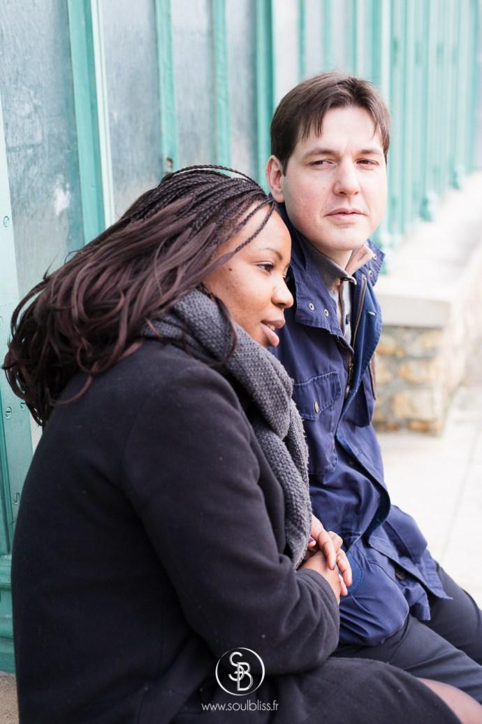 Soul_Bliss_photographie_séance_engagement_serres_tropicales_d'auteuil_92_couple_mixte_mariage_portraits_(5_sur_6)