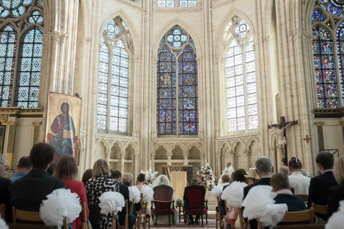 Mariage Moulin de Dampierre saint yon Église Saint-Sulpice de Saint-Sulpice-de-Favières cérémonie maries photographe mariage paris soulbliss