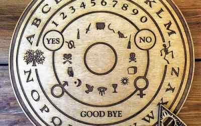 Vraag en antwoord over de Ouija Bord
