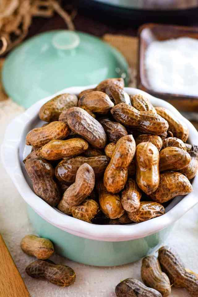 Instant Pot Boiled Peanuts (Spicy or Plain Salty)