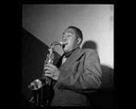 """In Memoriam : Charlie """"Bird"""" Parker 08/29/1920 – 03/12/1955 [SHORT BIO AND SONG CLIPS]"""