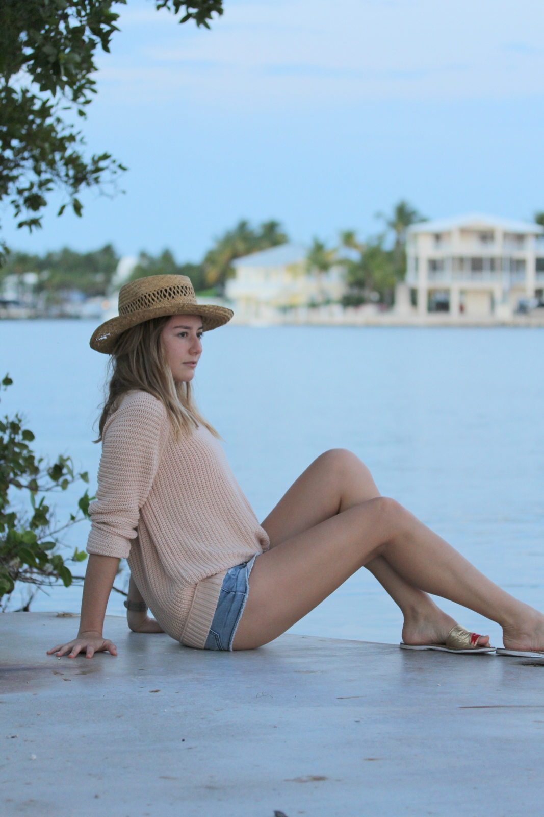 Thank-You-Miami-For-Fashion-Feminine-Floridays-Sweater-2