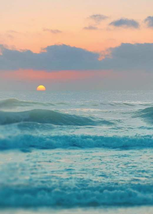 Summer-ocean-sunset