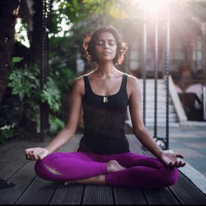Amisha-Yoga-Meditation-1-300x300
