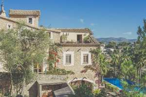 beautiful retreats in Spain
