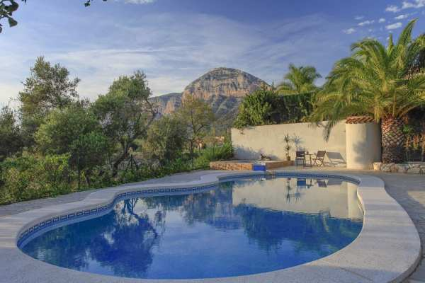 Cleansing-Yoga-Detox-Retreats-in-Spain-March-3-8-June-26-1-July-October-6-11-201615