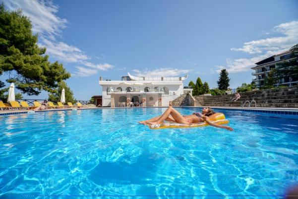 wellness escape Greece