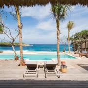 luxury villa rental Nusa Lembonga
