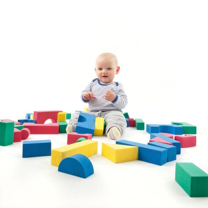 d4ee460317e33 Educação Infantil: 10 Brincadeiras para bebês a partir dos 6 meses