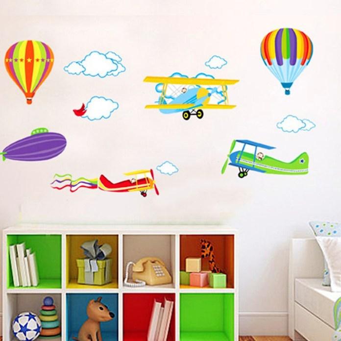 quarto-infantil-aviões