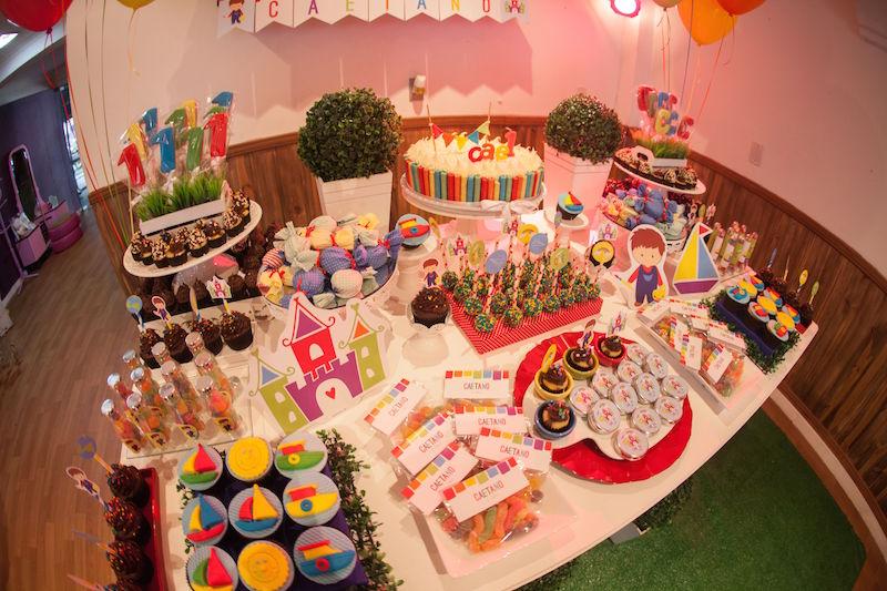 festa-aquarela-mesa