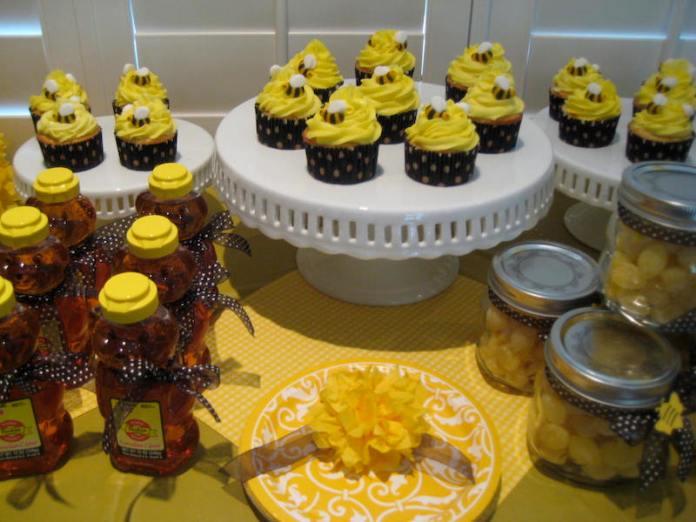 festa-infantil-abelhinha-cupcakes