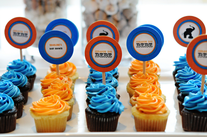 chá-de-bebê-colorido-azul-e-laranja