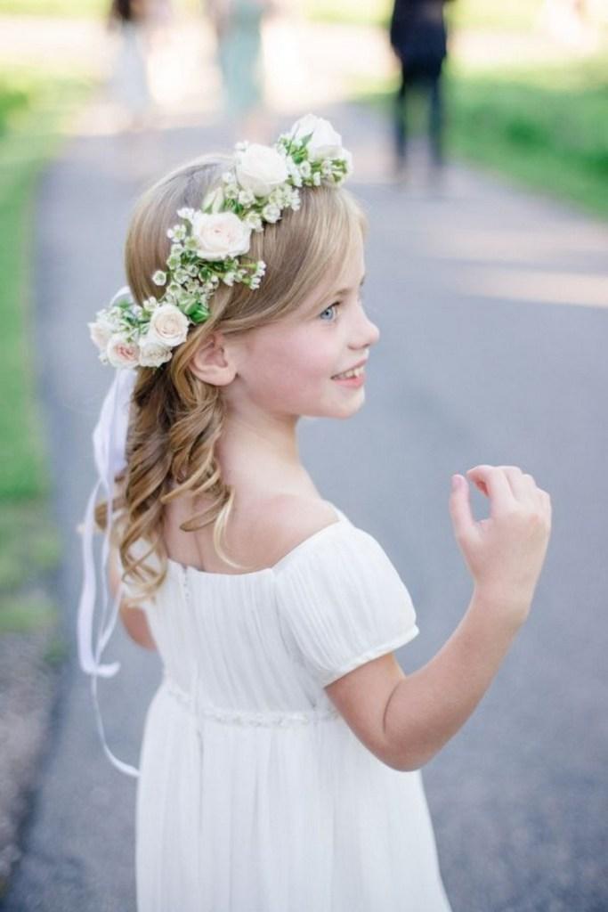 penteados-infantis-rosa-branca