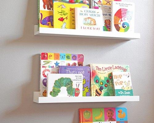 quarto montessori cantinho do livro