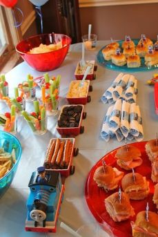 festa infantil thomas e seus amigos snacks