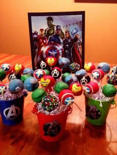 festa infantil vingadores cakepop