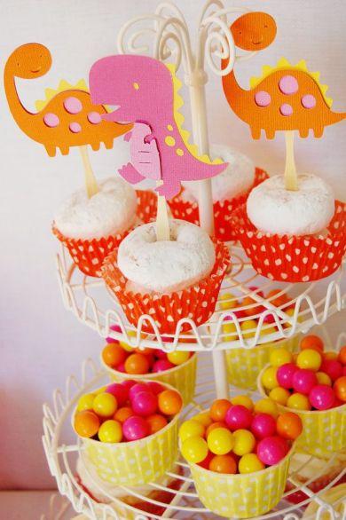 festa infantil dinossauro menina cupcake