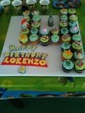 festa infantil toy store cupcakes personagens