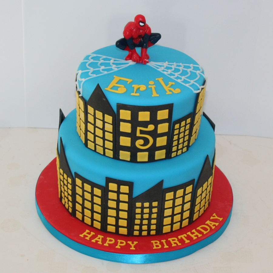 bolo-homem-aranha-tres-andares