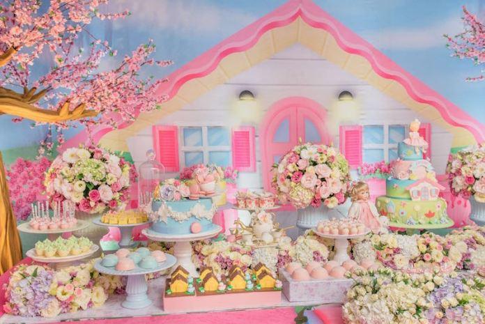 festa-infantil-decoração-casa-de-boneca