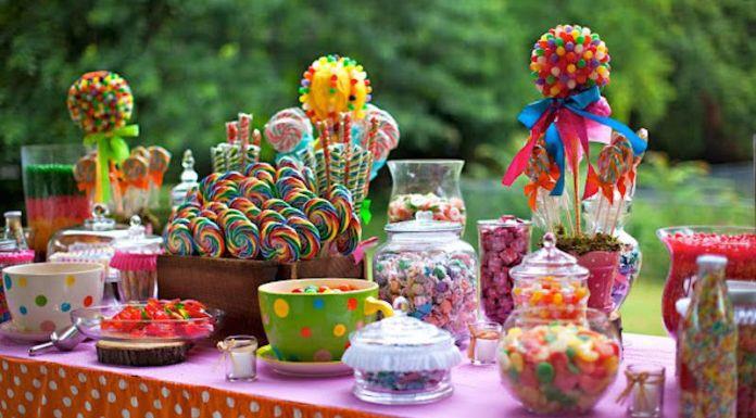 festa-infantil-mesa-guloseimas-pirulitos