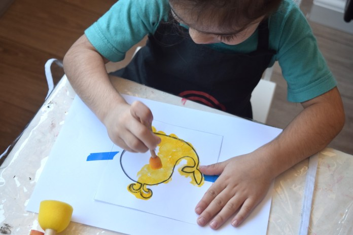 atividades-infantis-pintura-com-esponja