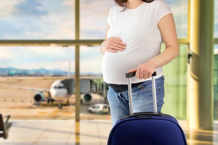 Grávida pode viajar de avião?