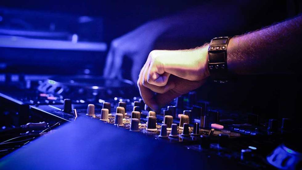 Wat Kost Een DJ – Drive In Show