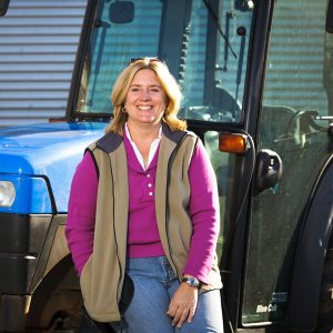 Podcast Episode 098: Digging Into Soil Health, Weed Control & Glyphosate – Jennie Schmidt