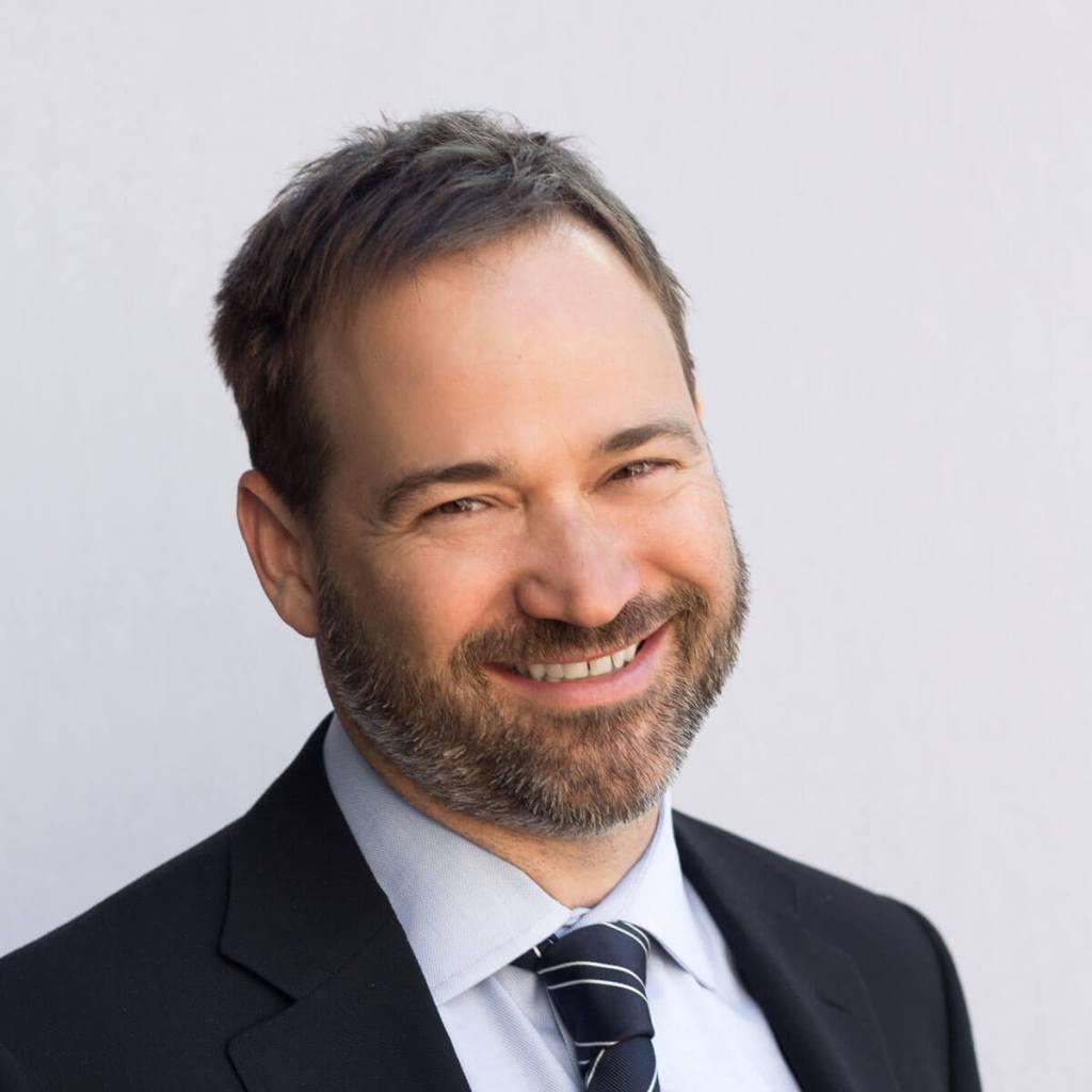 Dr. Jason Riis on Critical Thinking and Behavior Change, Sound Bites Podcast