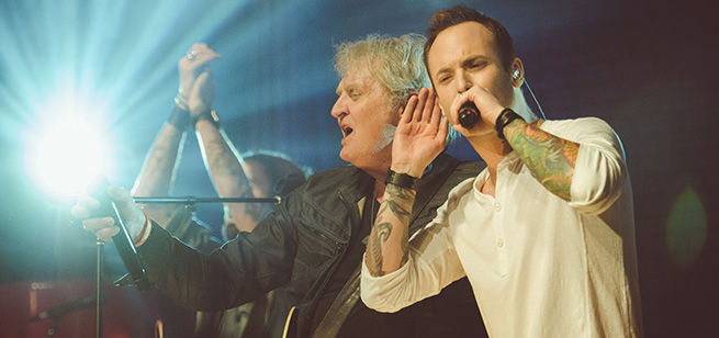 Dallas Smith & Tom Cochrane - CMT Hit Exchange