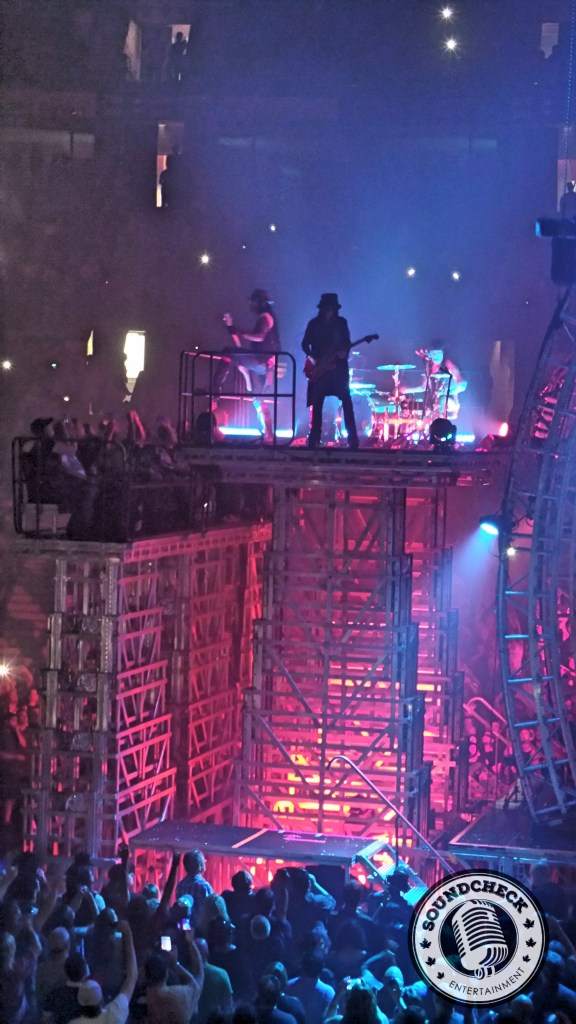 Motley Crue high above the crowd on the centre stage - photo by Hendrik Pape Sound Check Entertainment