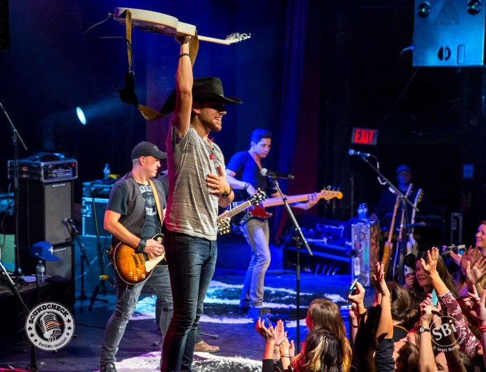 Brett Kissel salutes the crowd at The Roxy Theatre in Barrie on the Airwaves Tour: Photo Scott Burns