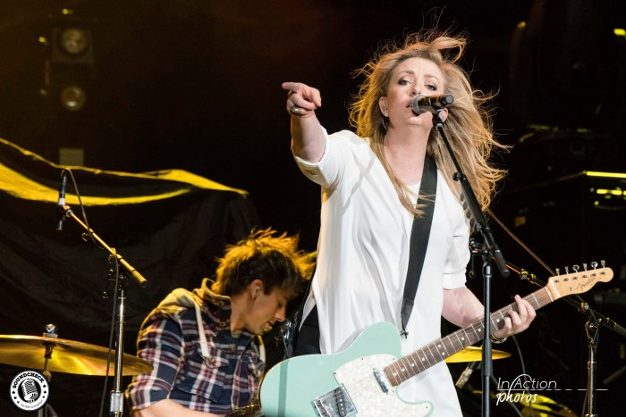 Clare Dunn performs at AMSOIL Arena in Duluth - Photo: In Action Photo