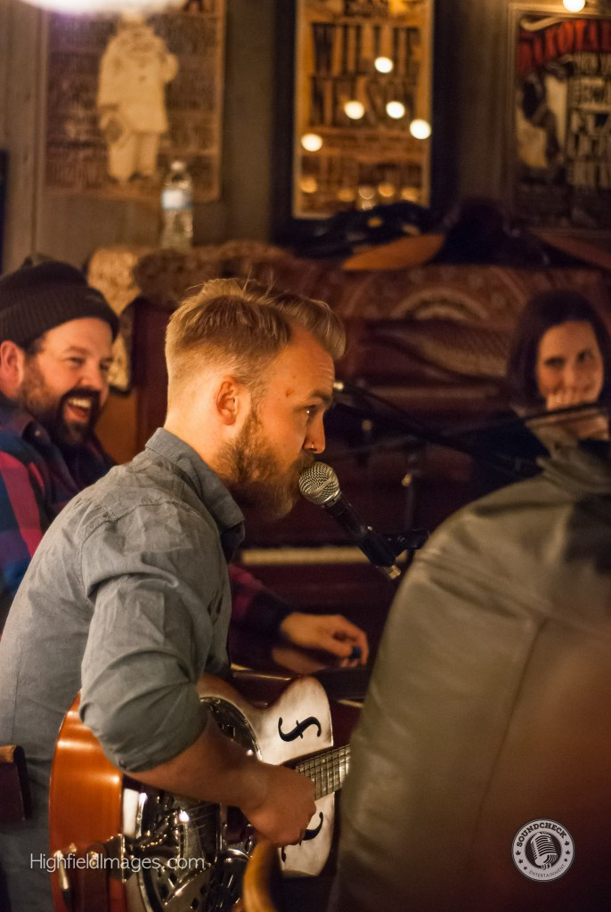 Joey Landreth performs at Four Chords and the Truth @ The Dakota Tavern - Photo: Mike Highfield