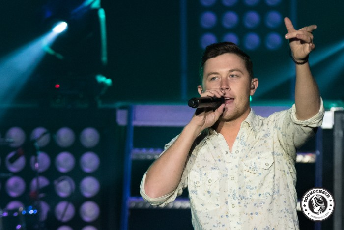 Scotty McCreery performs at Mystic Lake Casino - Photo: Chad Johnson - In Action Photos