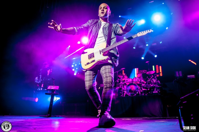 Hedley at the Canadian Tire Centre in Ottawa April 23, 2016 - photo by Sean Sisk