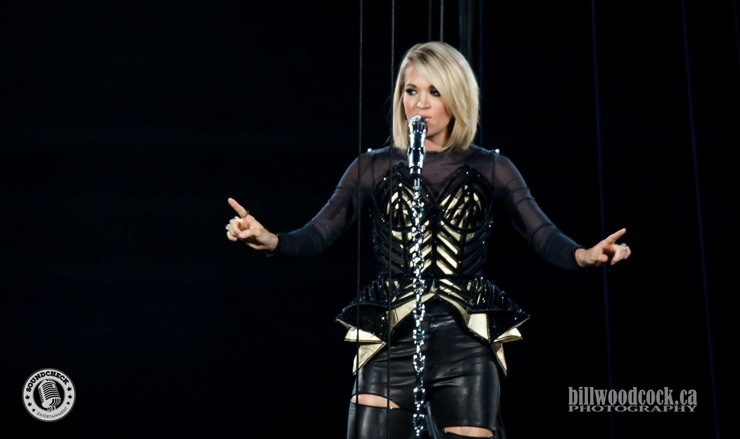 carrie underwood tour - HD2437×1446