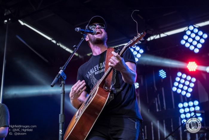 Anderew Hyatt performs at CMT Music Fest in Kitchener - Photo Mike Highfield