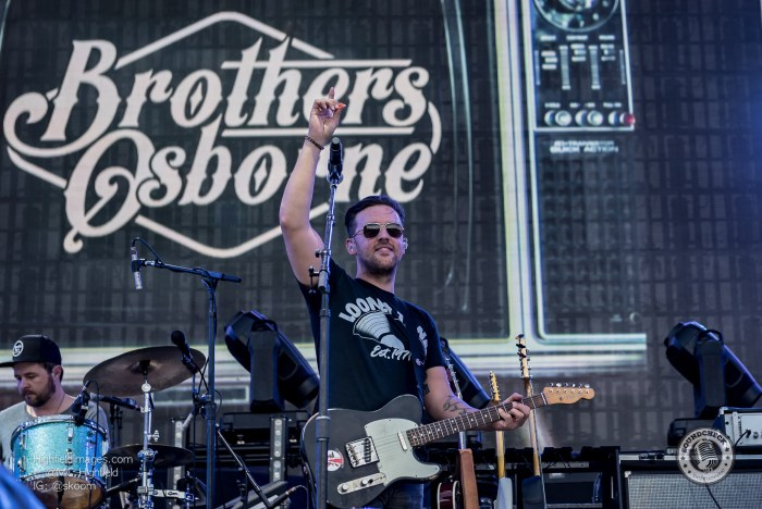 Brothers Osborne perform at CMT Music Fest in Kitchener - Photo Mike Highfield