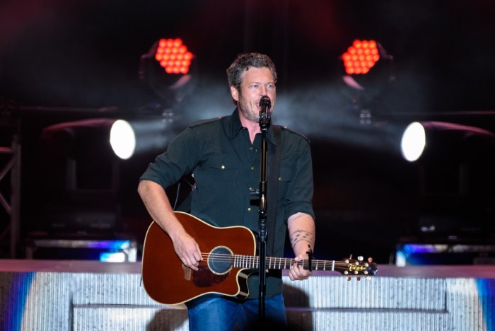 Blake Shelton on stage at the 2016 Cavendish Beach Music Festival- Photo: James Bennett