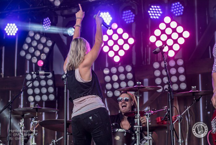 Leah Daniels performs at CMT Music Fest in Kitchener - Photo Mike Highfield