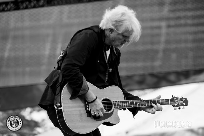 Tom Cochrane performs at CMT Music Fest in Kitchener - Photo Bill Woodcock