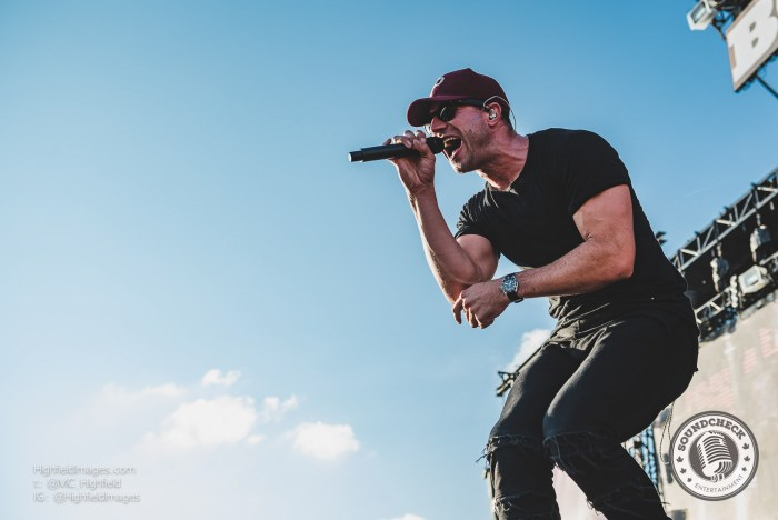 Sam Hunt lights up the crowd at Boots and Hearts 2016 - Photo: Mike Highfield