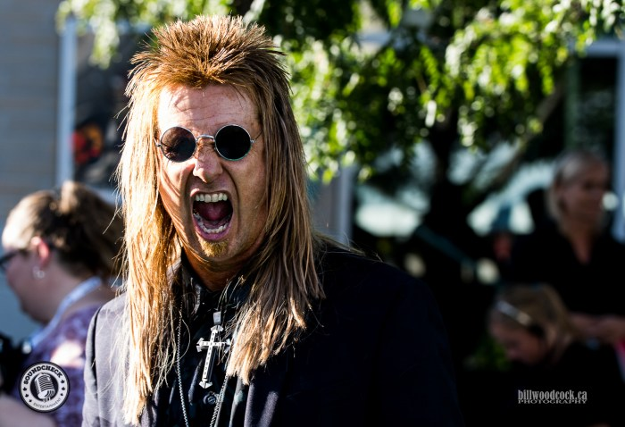 Billy the Exterminator giving us the look on the John Deere Green Carpet at the 2016 CCMA Awards - Photo: Bill Woodcock