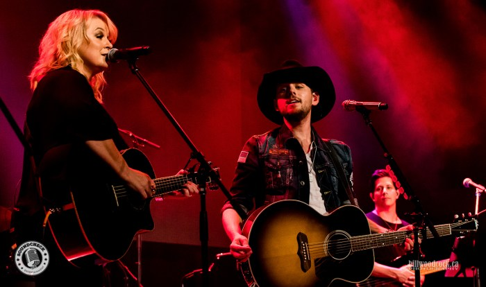 Brett Kissel and Carolyn Dawn Johnson performs during the Invictus Party during CCMA Week in London - Photo: Bill Woodcock