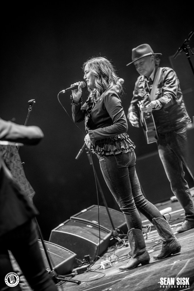 Kelly Prescott performs at the 2016 Rock for Public Services at TD Place - photo by Sean Sisk