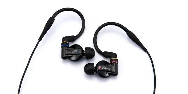 SONY ( ソニー ) / MDR-EX800ST MDR-EX800STは、ステージユースのために開発された、インナーイヤーモニターです。世界の先端技術を誇るソニーと、ライブの世界を知り尽くしたソニー・ミュージックスタジオが共同で開発。高音質はもちろん、ハードなパフォーマンスにも応える耐久性を備えています。